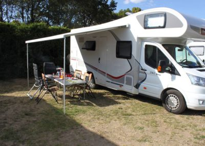 Motorhome Challenger Genesis M15 en location